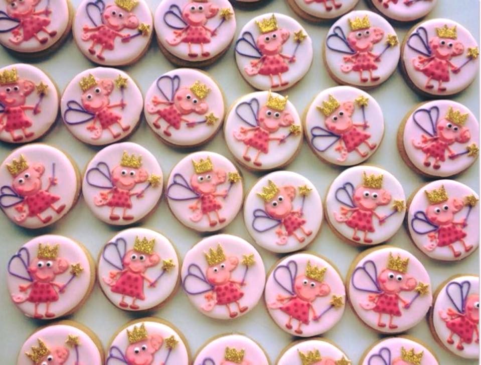 peppa pig iced biscuits